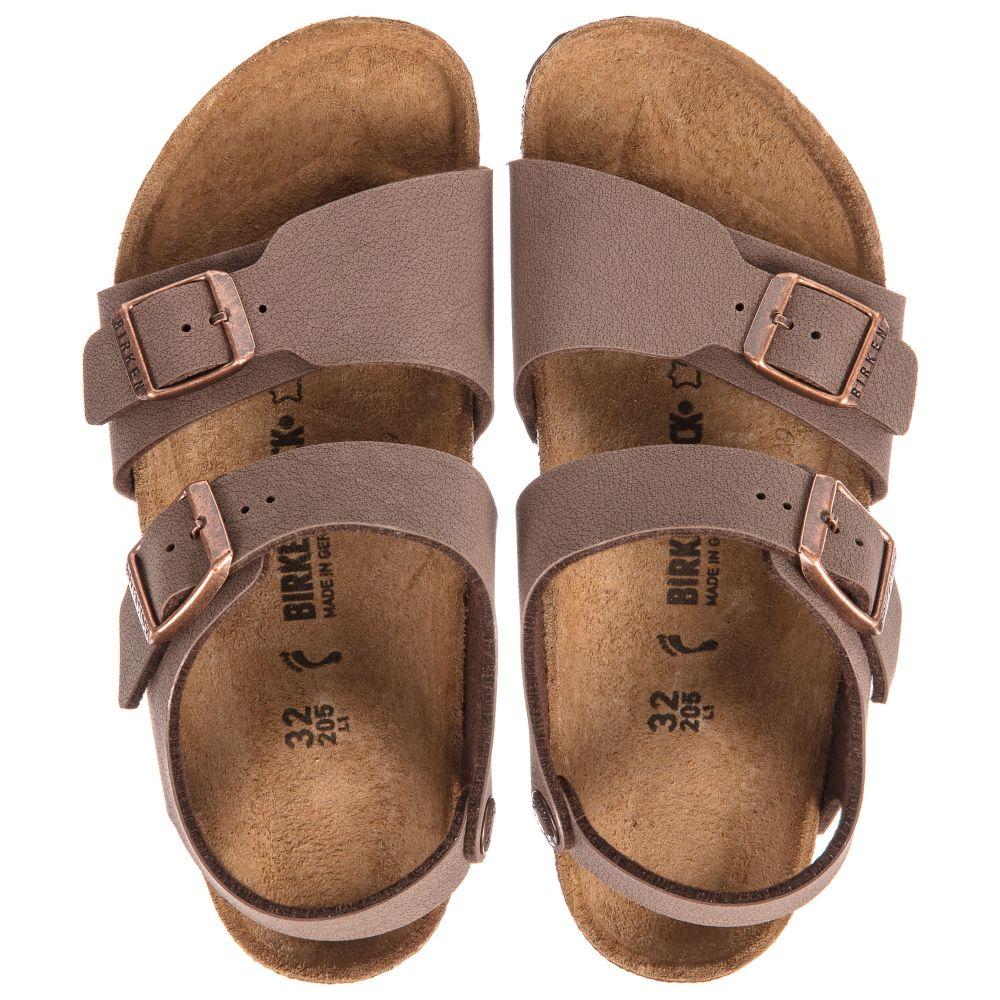boys-brown-birkenstocks