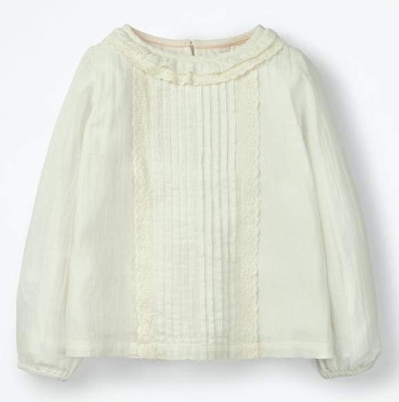 pretty-white-blouse