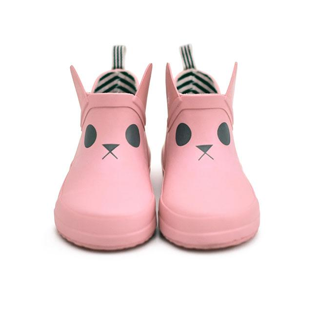 pink-rain-boots-wellies