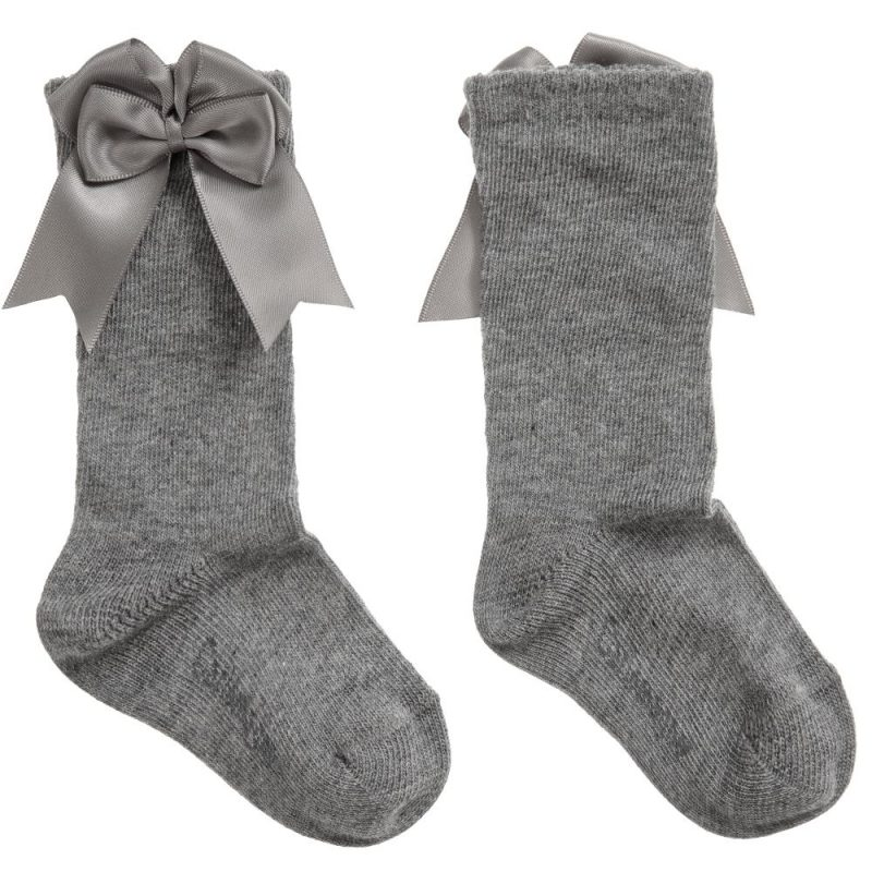 grey-ribbon-socks