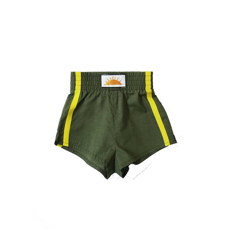 khaki-shorts