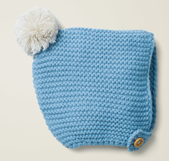 blue-knitted-bonnet