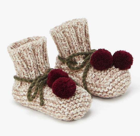 chunky-knit-pom-pom-booties
