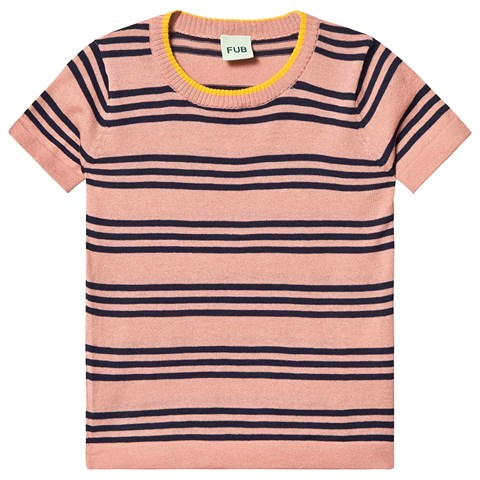 pink-stripe-t-shirt