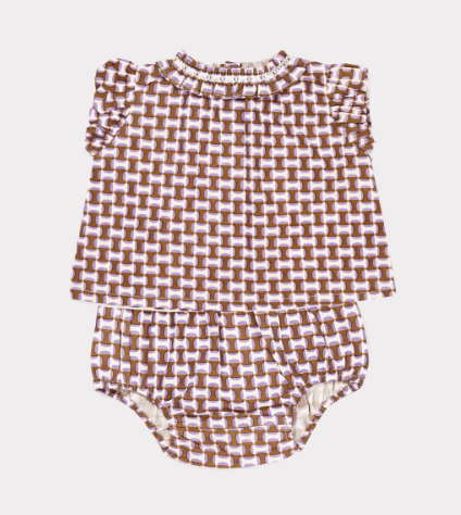 print-baby-blouse-and-bloomers