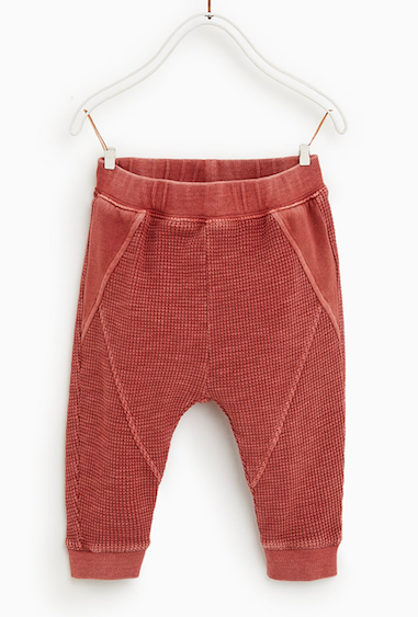 red-trousers