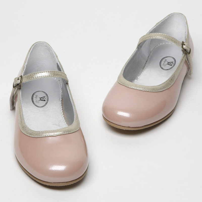 girls-pink-patent-shoes