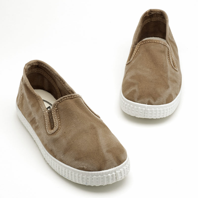 kids-canvas-shoes