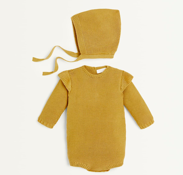 knit-baby-romper-bonnet-set