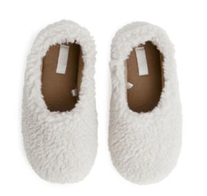 kids pile slippers