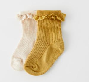 Lace trim baby socks